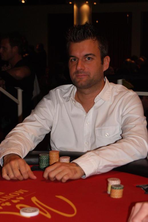 Mobile casino canada players