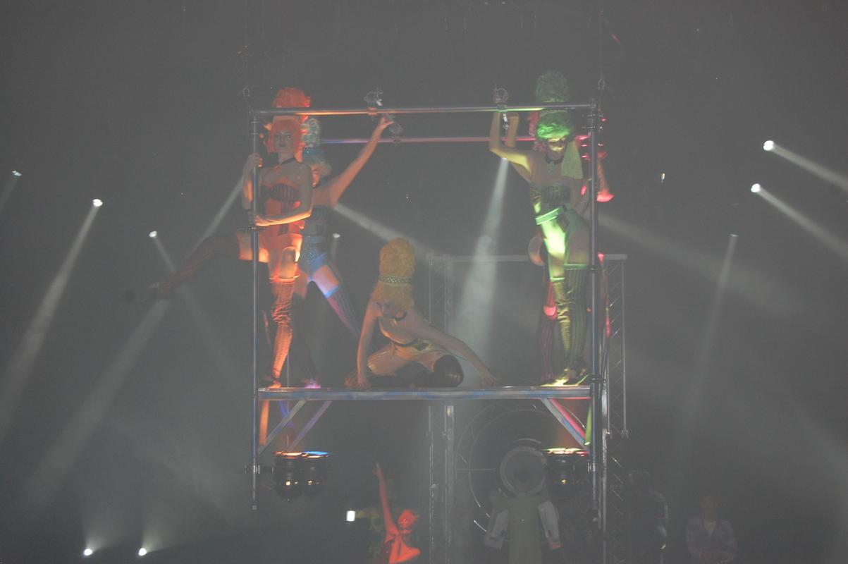 Show 5.jpg