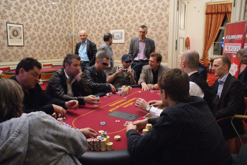 CAPT_Salzburg_020409_FT_FinalTable.JPG
