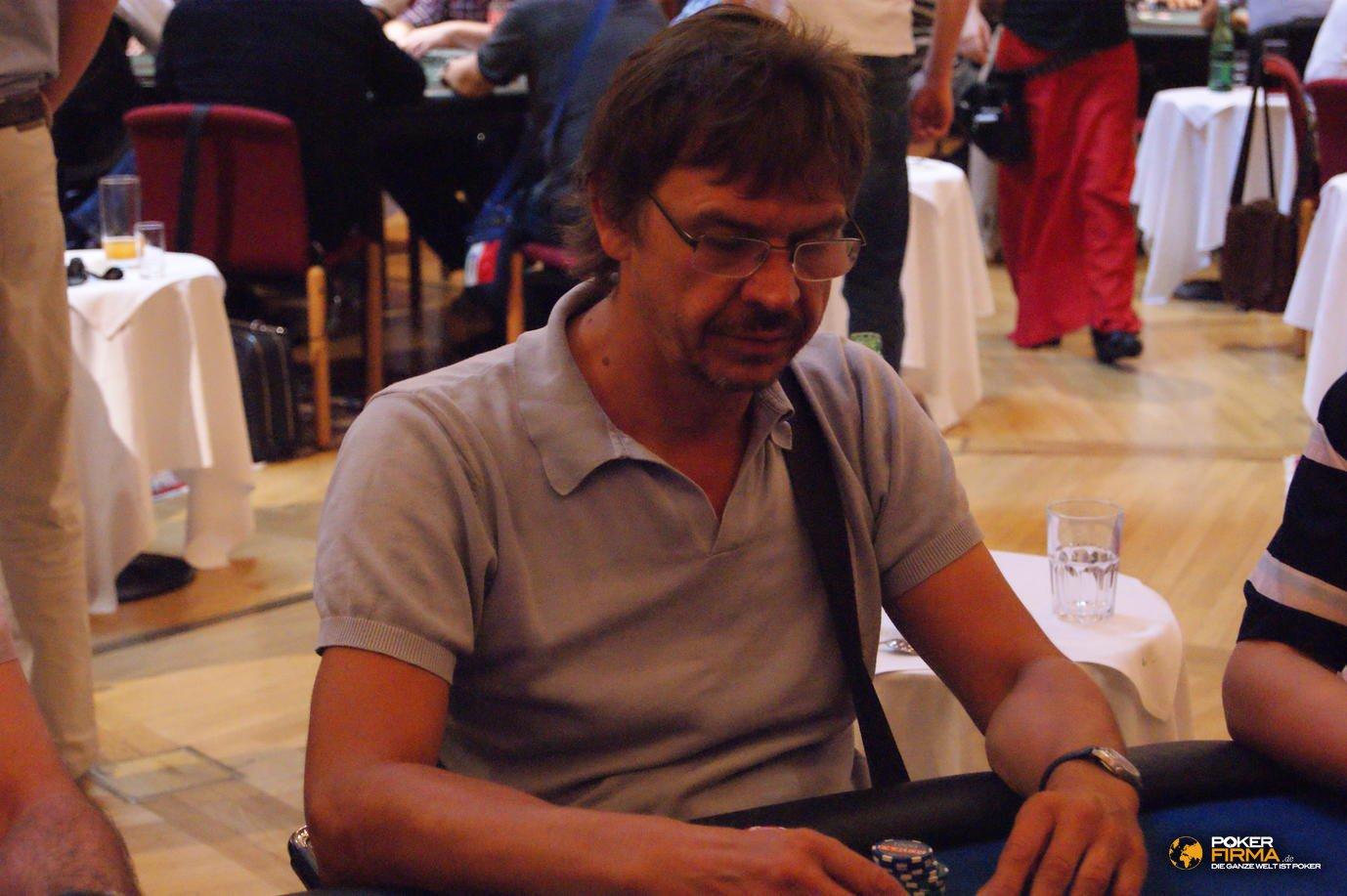 CAPT_Velden_1000_PLO_19072012_Peter_Muehlbek.JPG