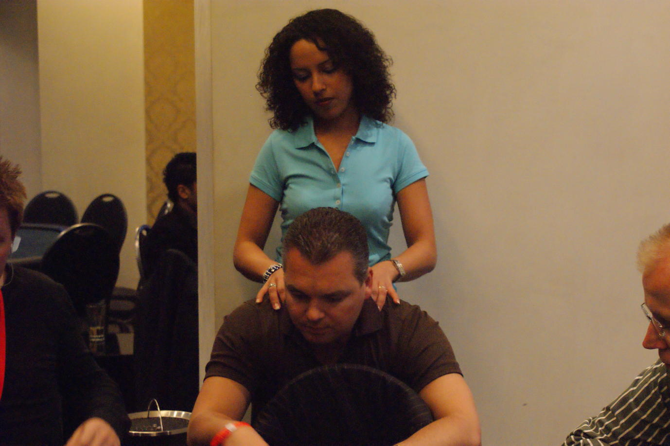 hh_masters_190509_jan_bei_der_massage.jpg