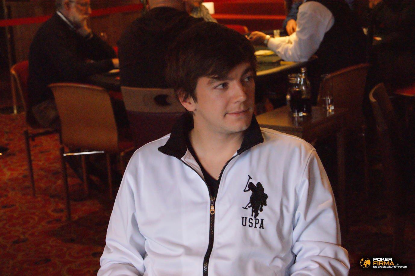 Mountain_Poker_Party_1500_NLH_081011_Jonas_Garstick