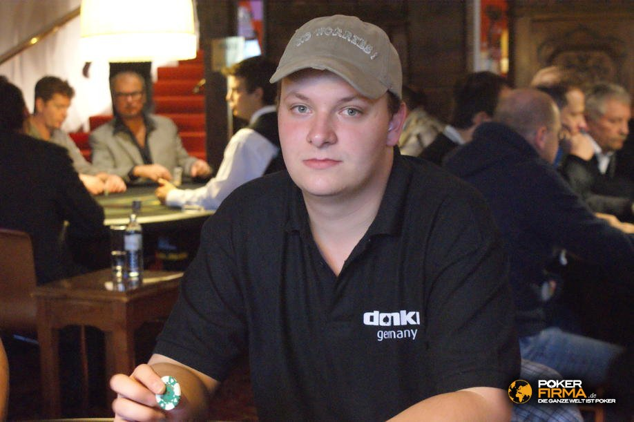 mountain_poker_party_800_nlh_231009_julian_herold.jpg