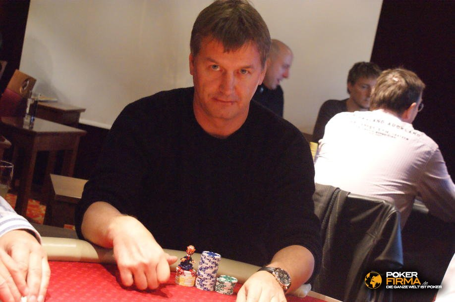 mountain_poker_party_800_nlh_231009_kristian_dressler.jpg