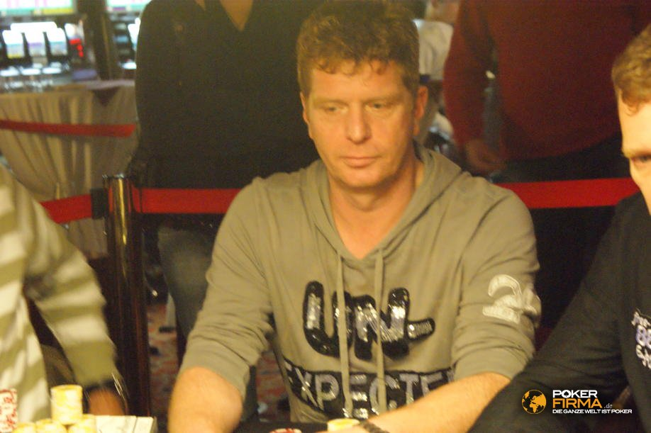 mountain_poker_party_800_nlh_231009_stefan_roemer.jpg