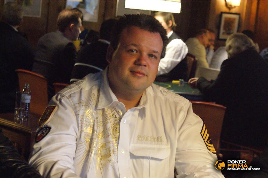 mountain_poker_party_800_nlh_231009_thomas_scheld.jpg