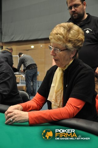 pokerbundesligaspielerin15.jpg