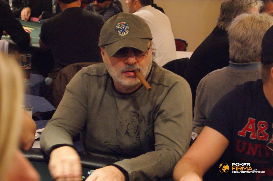 PokerEM_300_NLH_101010_Alex_Leviev