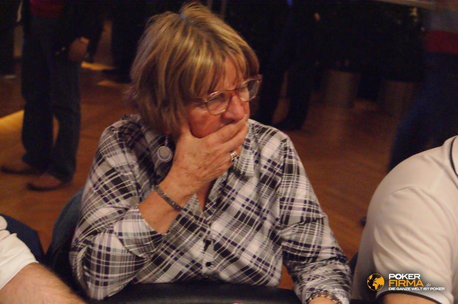 PokerEM_300_NLH_101010_Mama_Kovacs