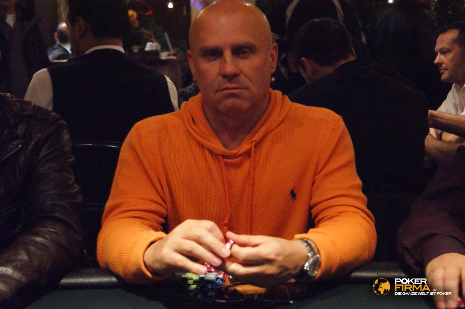 PokerEM_300_NLH_101010_Peter_Bayer