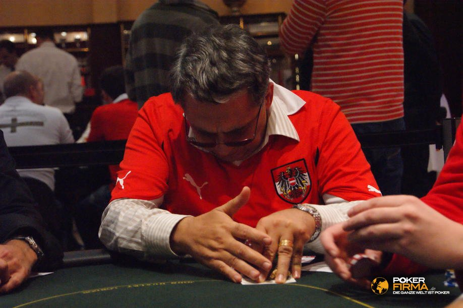 PokerEM_Nationscup_101010_IvoDonv