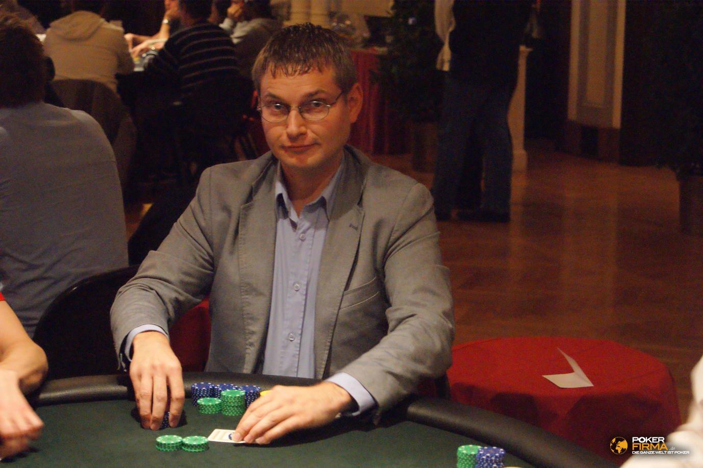 Poker_EM_300_NLH_011111_Thomas_Hofmann