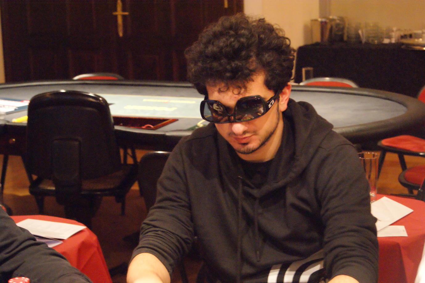 Poker_EM_300_NLH_FT_011111_Cezar_Civulescu