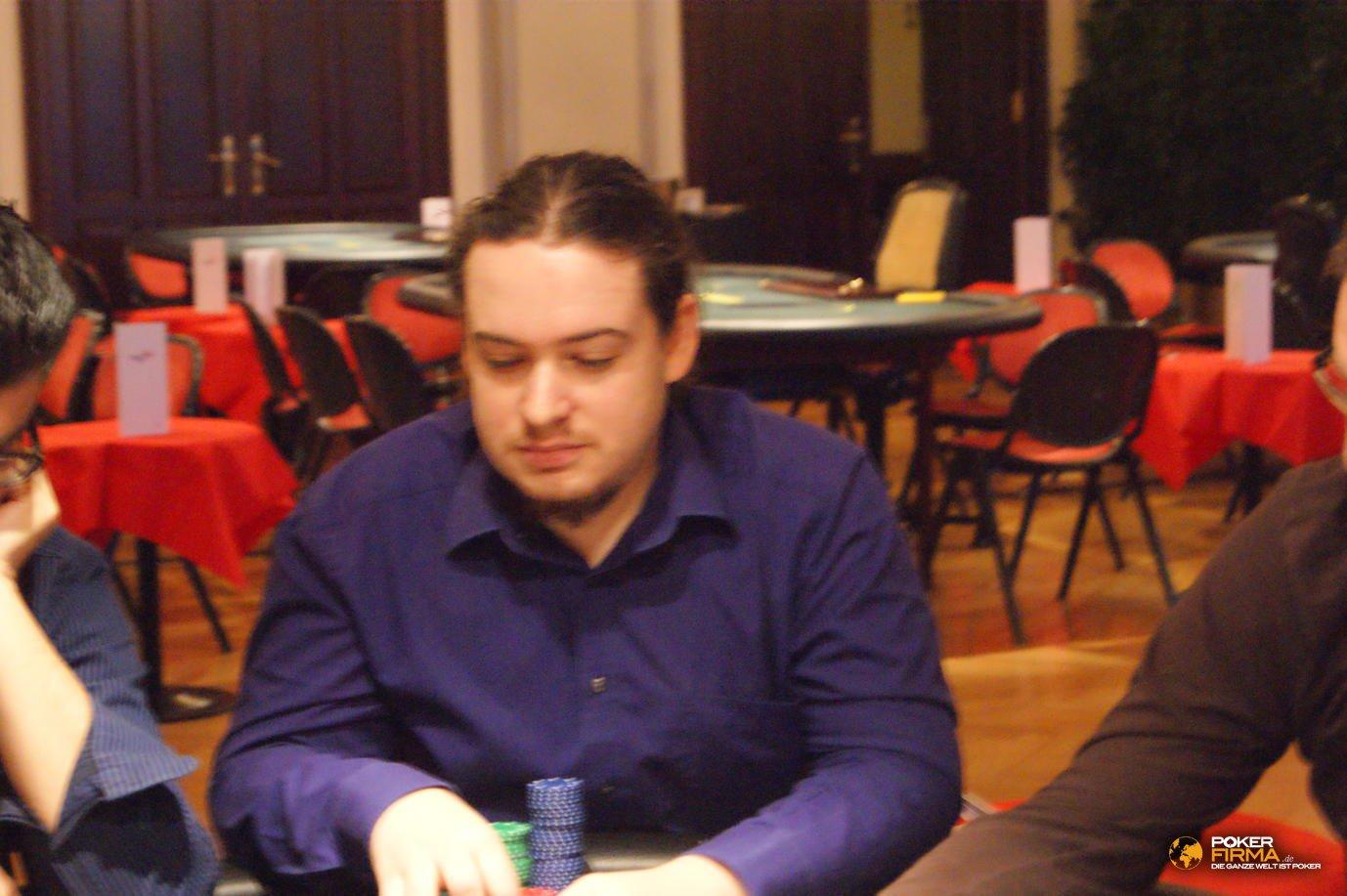 Poker_EM_5000_NLH301011_Michael_Foerster
