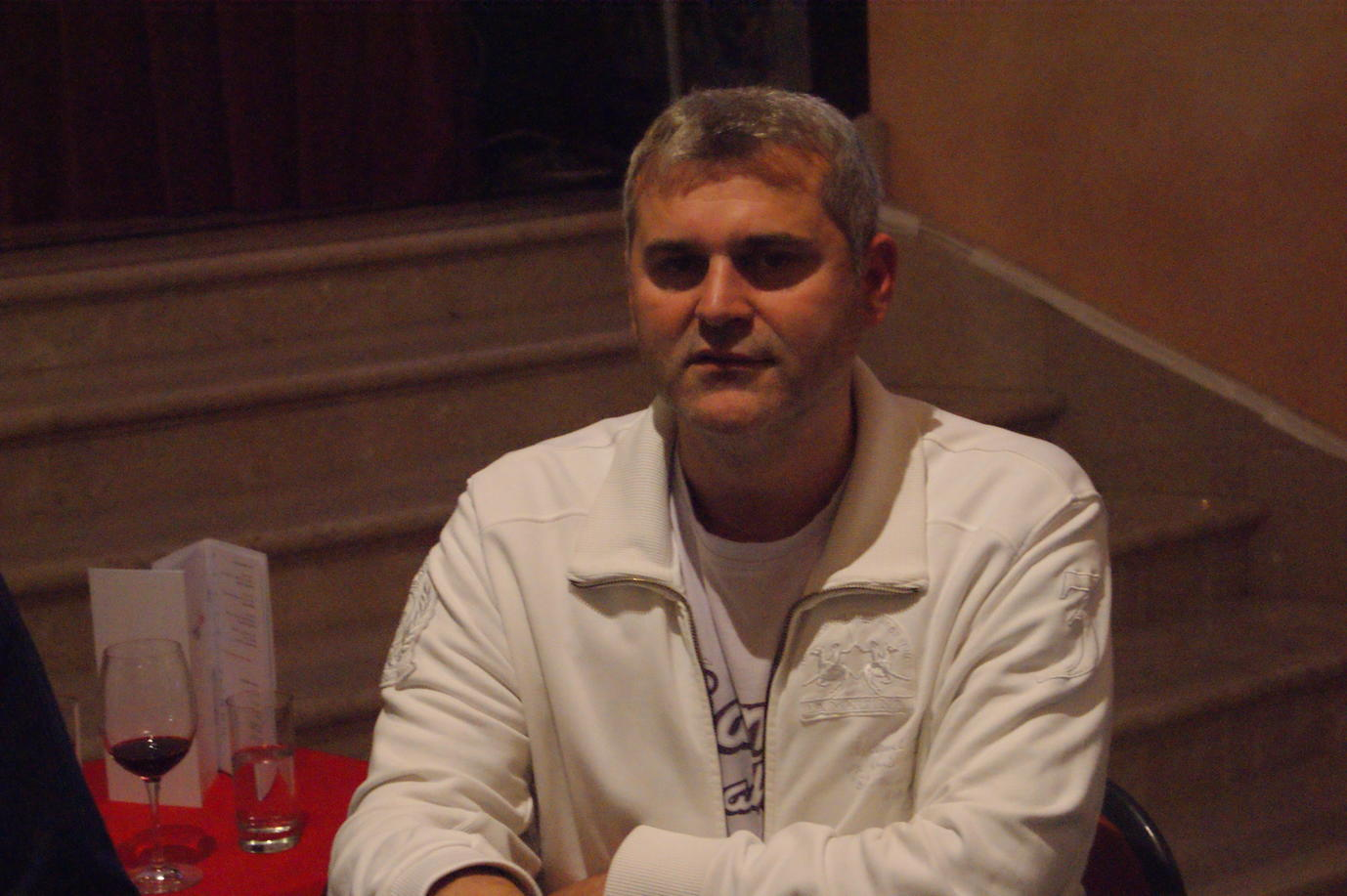 Poker_EM_500_NLH_FT_301011_Marijan_Tadic