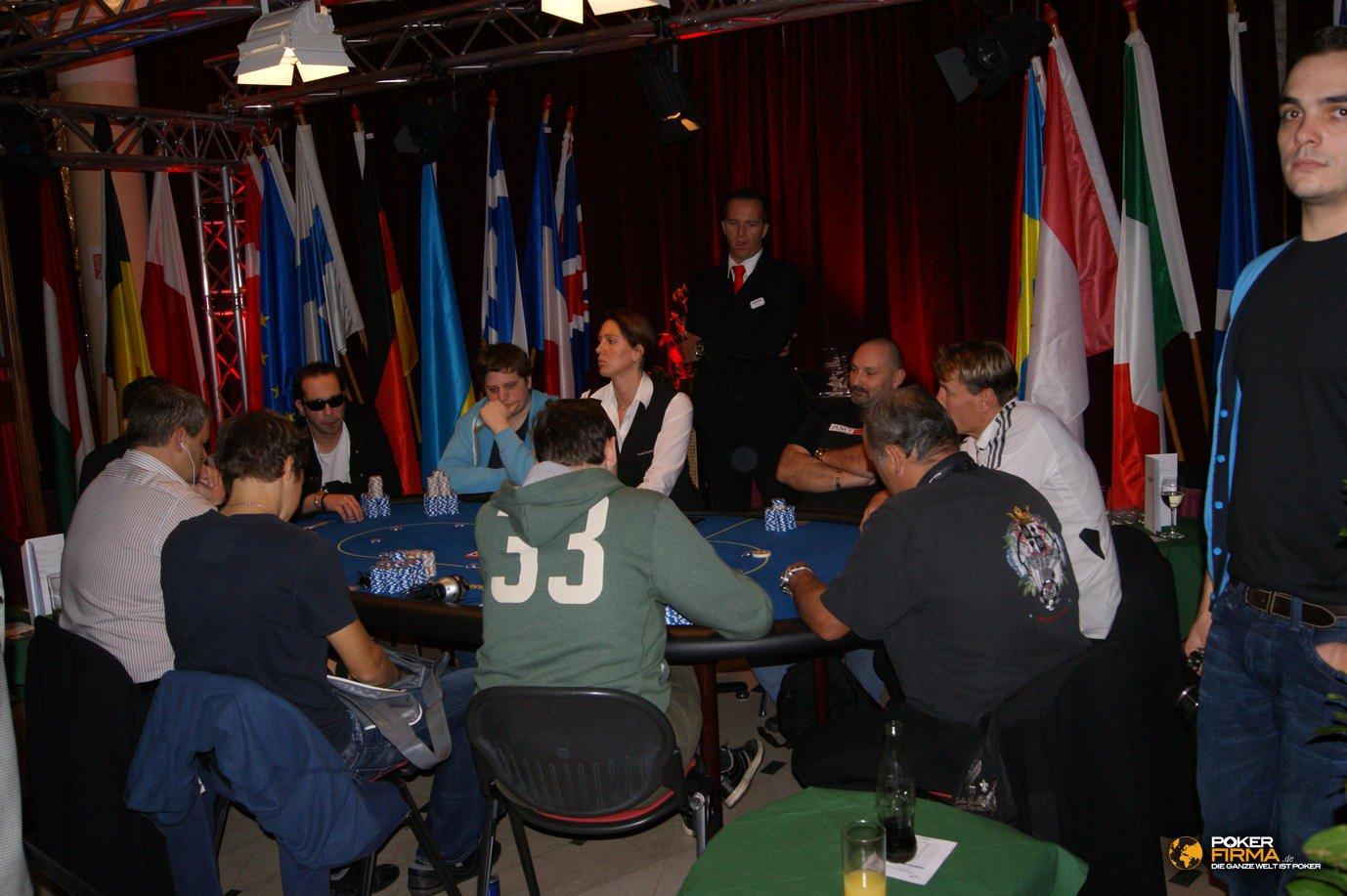 Poker_EM_2000_NLH_FT_271011_DSC03284