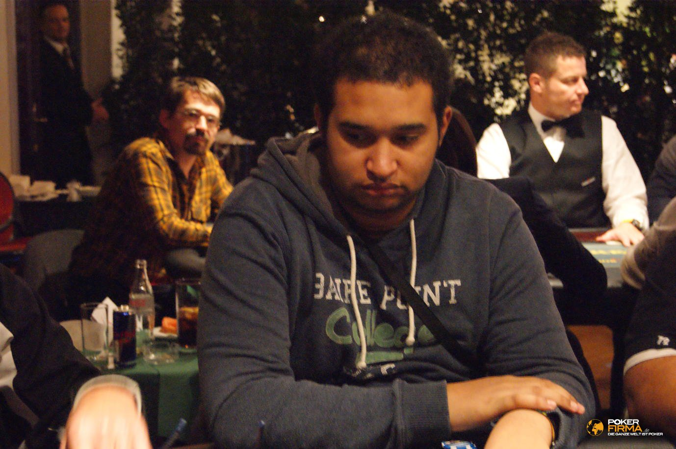 Poker_EM_2000_NLH_251011_Ismael_Bojang