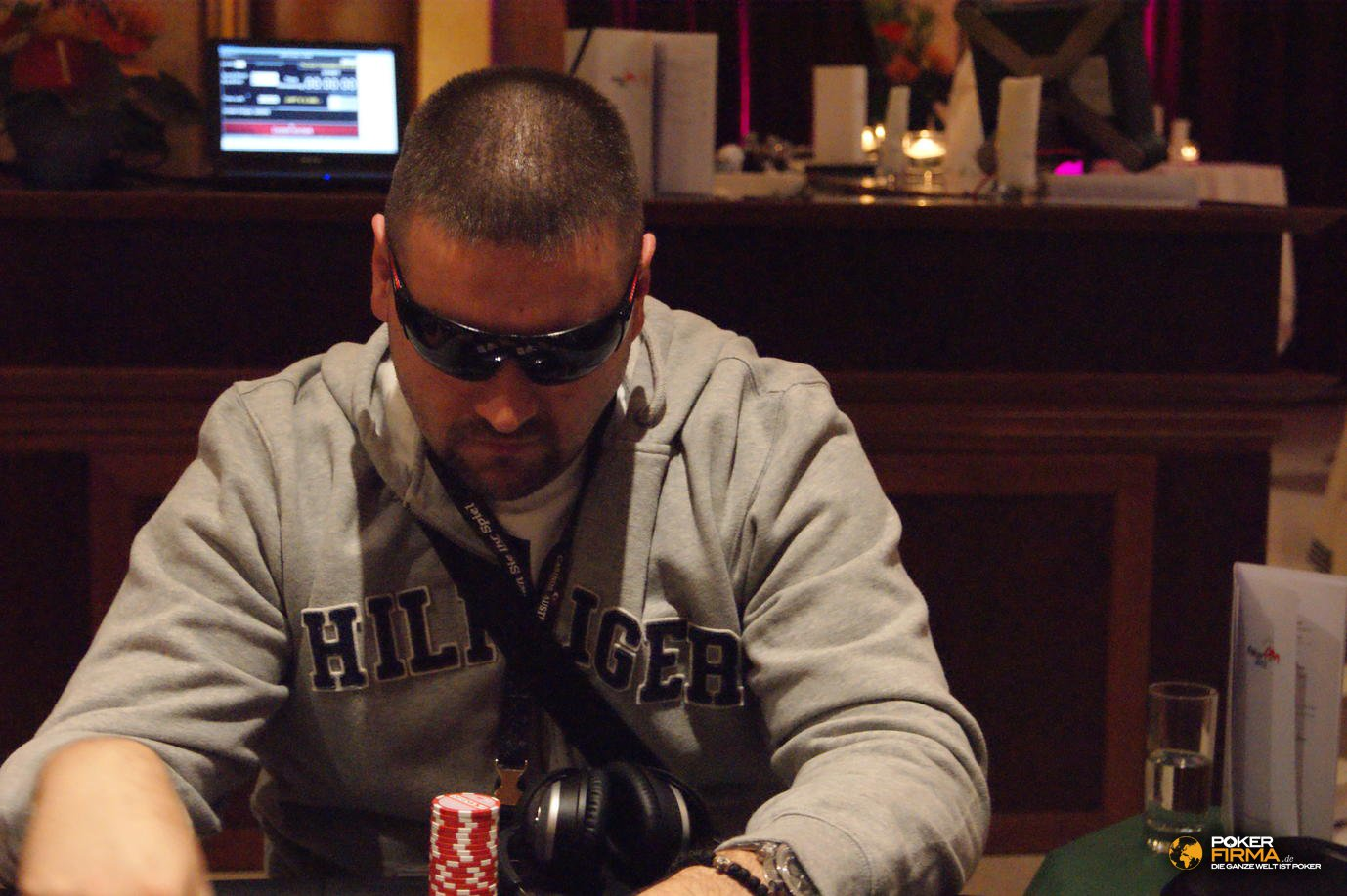 Poker_EM_2000_NLH_251011_Milan_Joksic