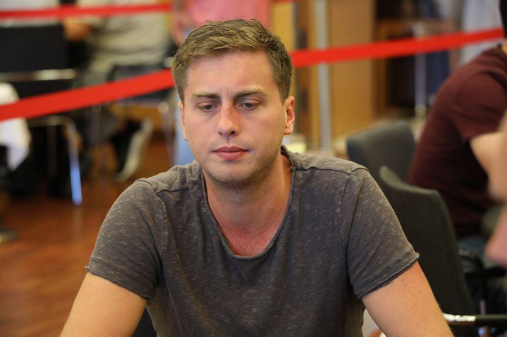 PokerEM_2019_HR_2307_Julian_Stuer