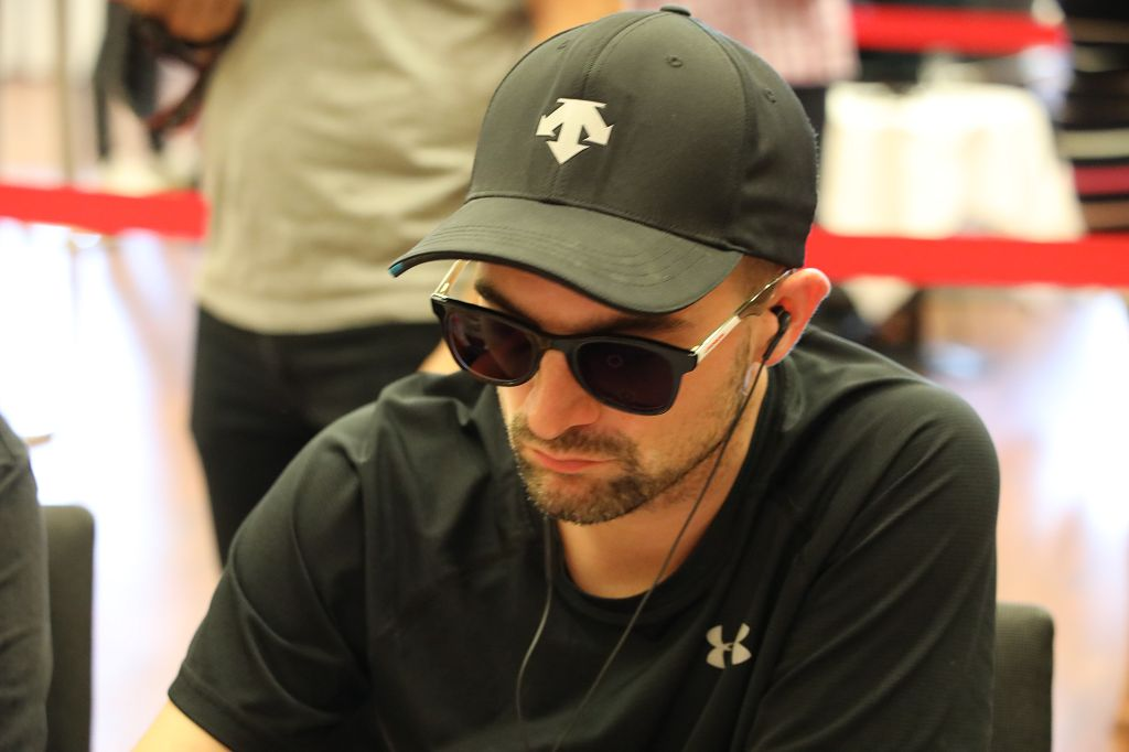 PokerEM_2019_SDAW_2207_Anton_MIchlmayr