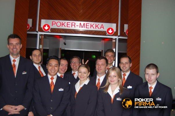 SPCW_NLH_FT_121209_Casino_Team.JPG
