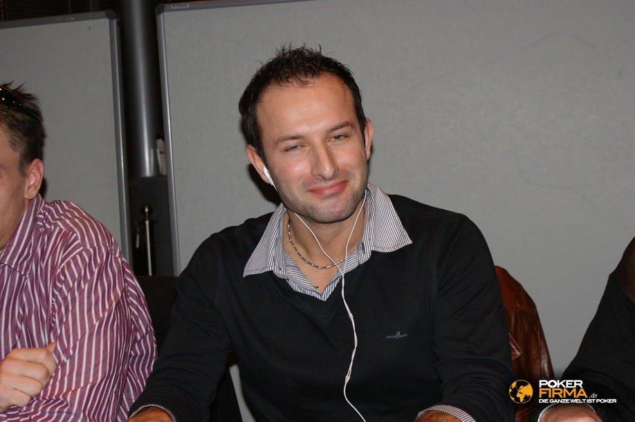 SPCW_NLH_101209_Buelent_Uzun.JPG