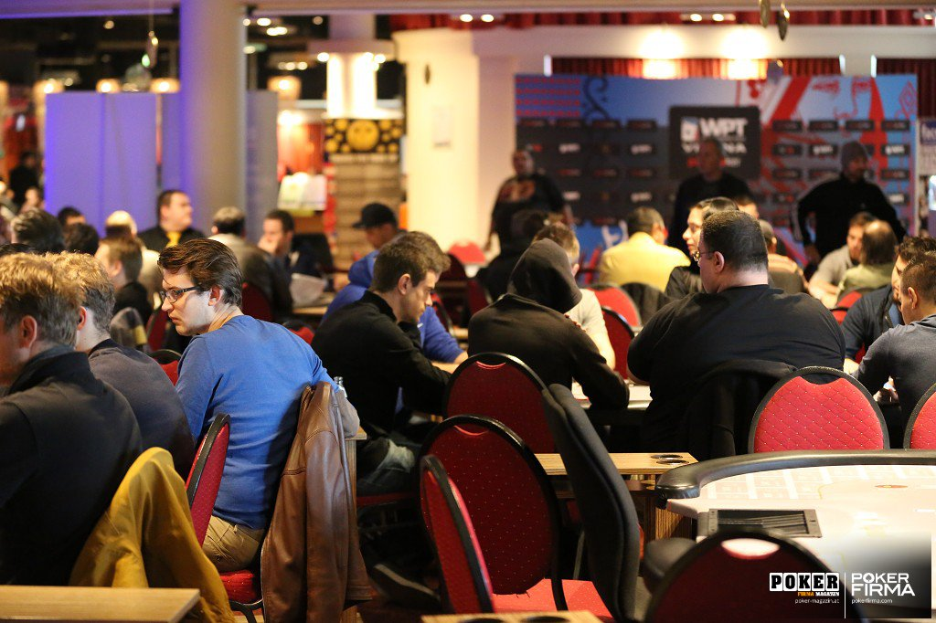 WPT_National_Tag 3_24-10-2014_Saal2